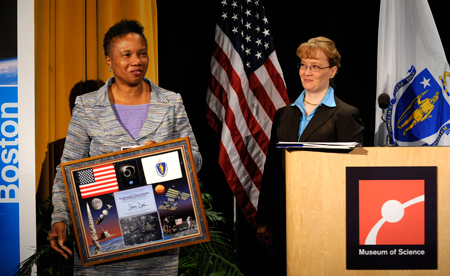 Mayor of Cambridge, Massachusetts, E. Denise Simmons, left, holds a plaque presented to her by NASA Deputy Administrator Ms. Shana Dale during the NASA Future Forum event at the Museum of Science in Boston, MA, Thursday, September 18, 2008. Photo Credit-NASA Bill Ingalls