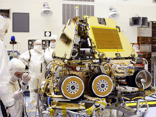 Mars Exploration Rover-2 (MER-2) in the Payload Hazardous Servicing Facility