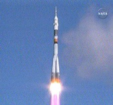 Launch of Expedition 18