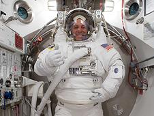 JSC2008-E-137430 -- STS-119 Mission Specialist Richard Arnold