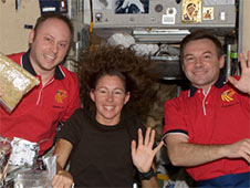 ISS018-E-015379 -- Expedition 18 crew members