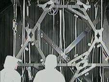 James Webb Mengatur Jarak Teleskop ' Tulang Belakang Nyata ' Sekarang Dibangun