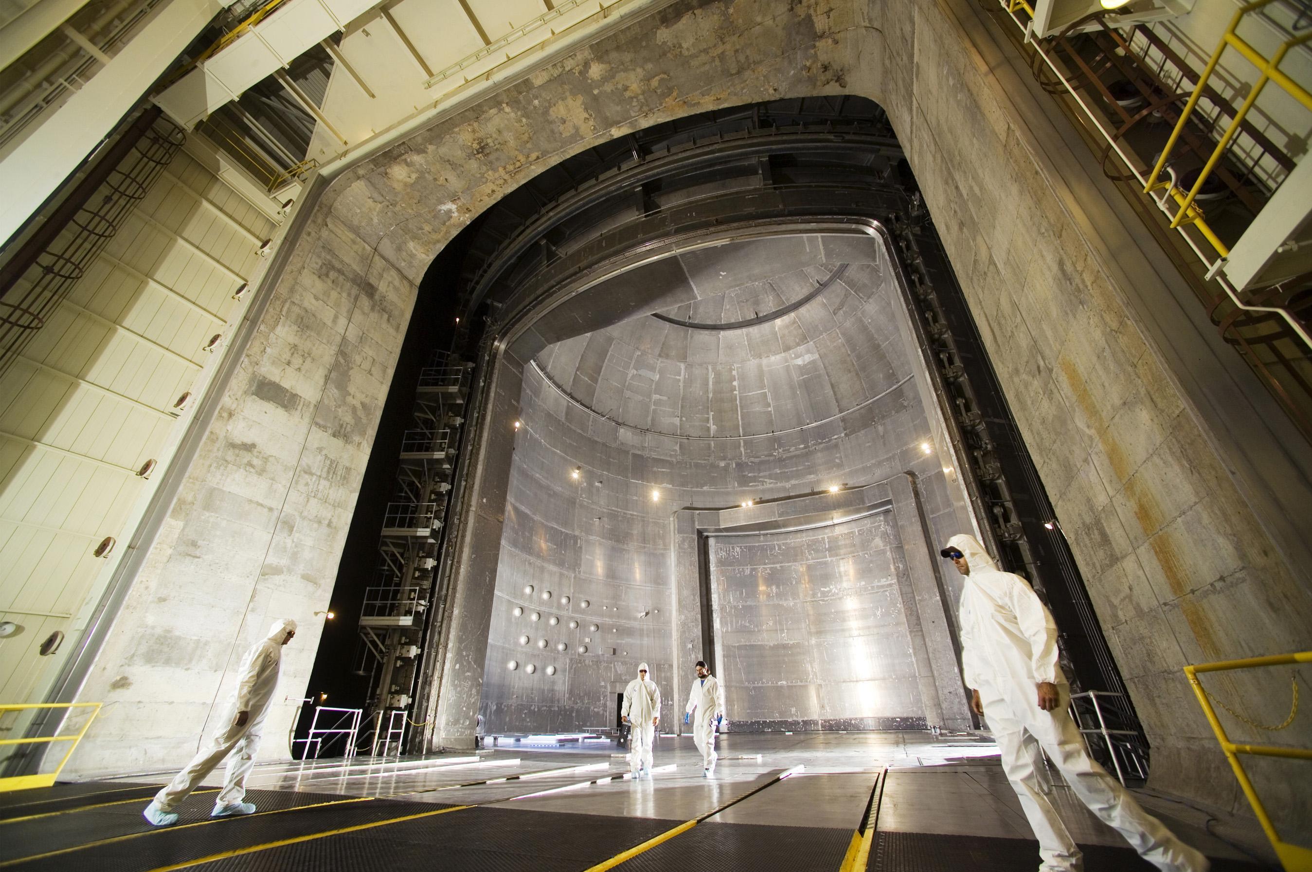World S Largest Vacuum Chamber Nasa