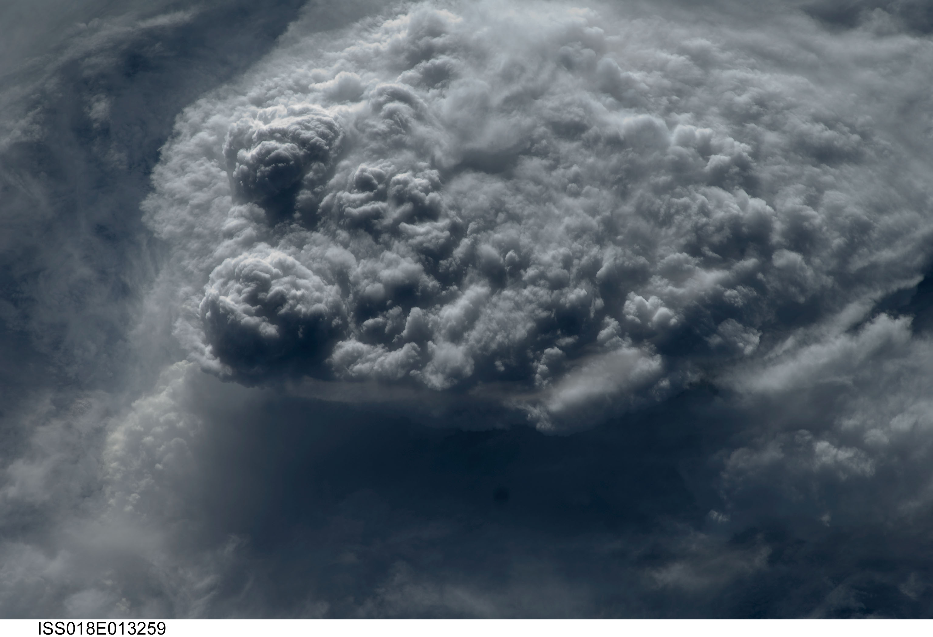 nasa makes clouds - HD 3072×2098