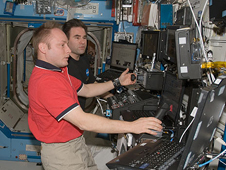 ISS018-E-007817 -- Expedition 18 Commander Mike Fincke and Flight Engineer Greg Chamitoff
