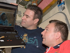 ISS018-E-005026 -- Expedition 18 Flight Engineers Greg Chamitoff and Yury Lonchakov