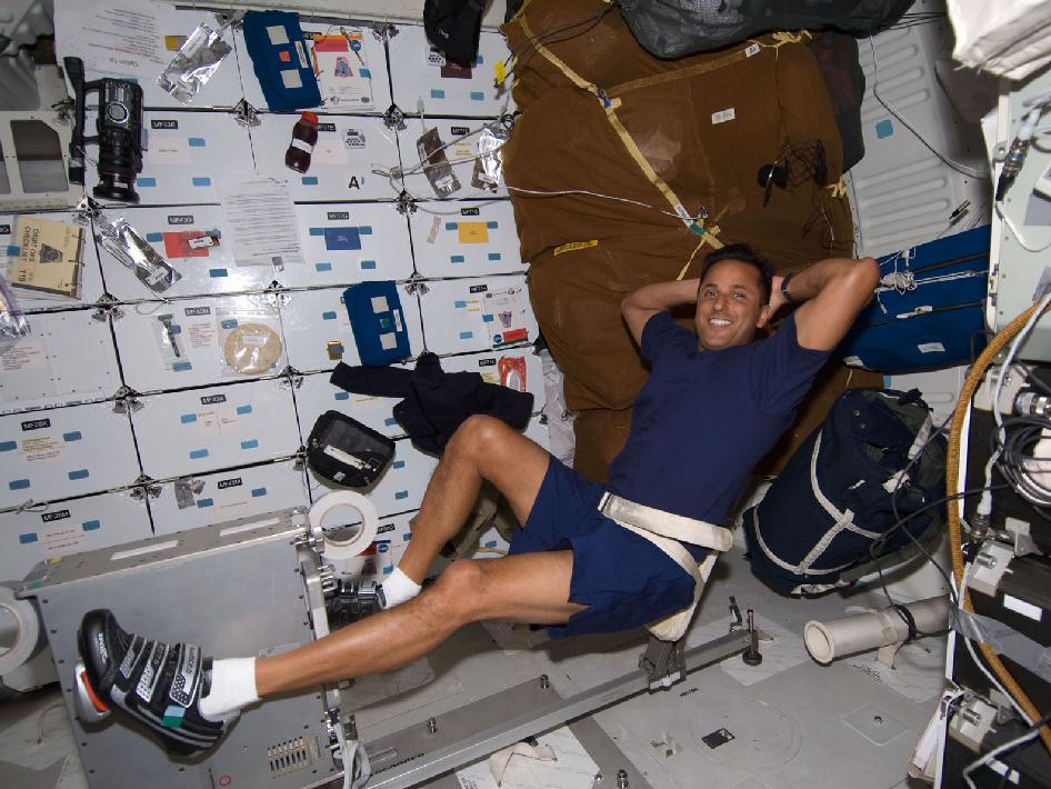 astronaut exercise machine