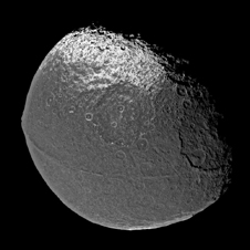 Image of Iapetus.