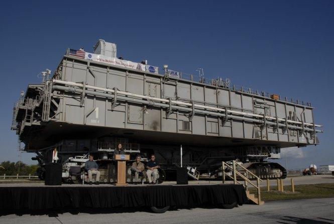 NASA - Mobile Launch Platform Transfer
