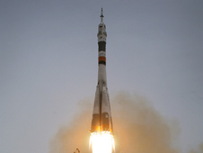 Launch of Expedition 19
