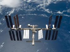 S119-E-010281 -- International Space Station