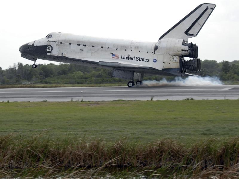 [STS-119] Discovery : retour sur Terre (19h14 GMT / 20h14 Paris) - Page 5 323411main_image_1316_800-600