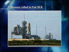 Endeavour rolled to Pad 39-B