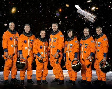 STS125-S-002 -- STS-125 crew