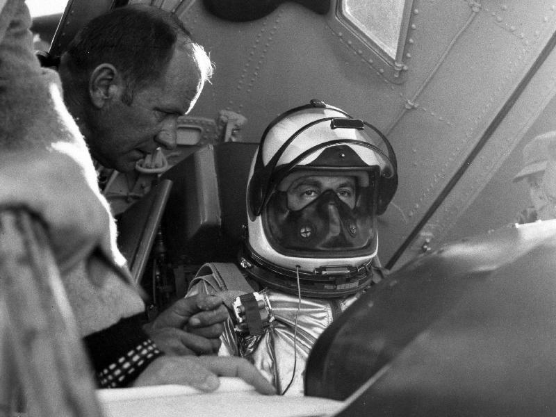 8 juin 1959 / 50 ans du 1er vol du X-15 par Scott Crossfield 358028main_image_1382_800-600
