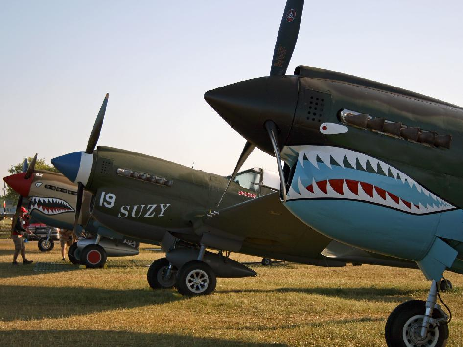 Curtiss P-40 aircraft