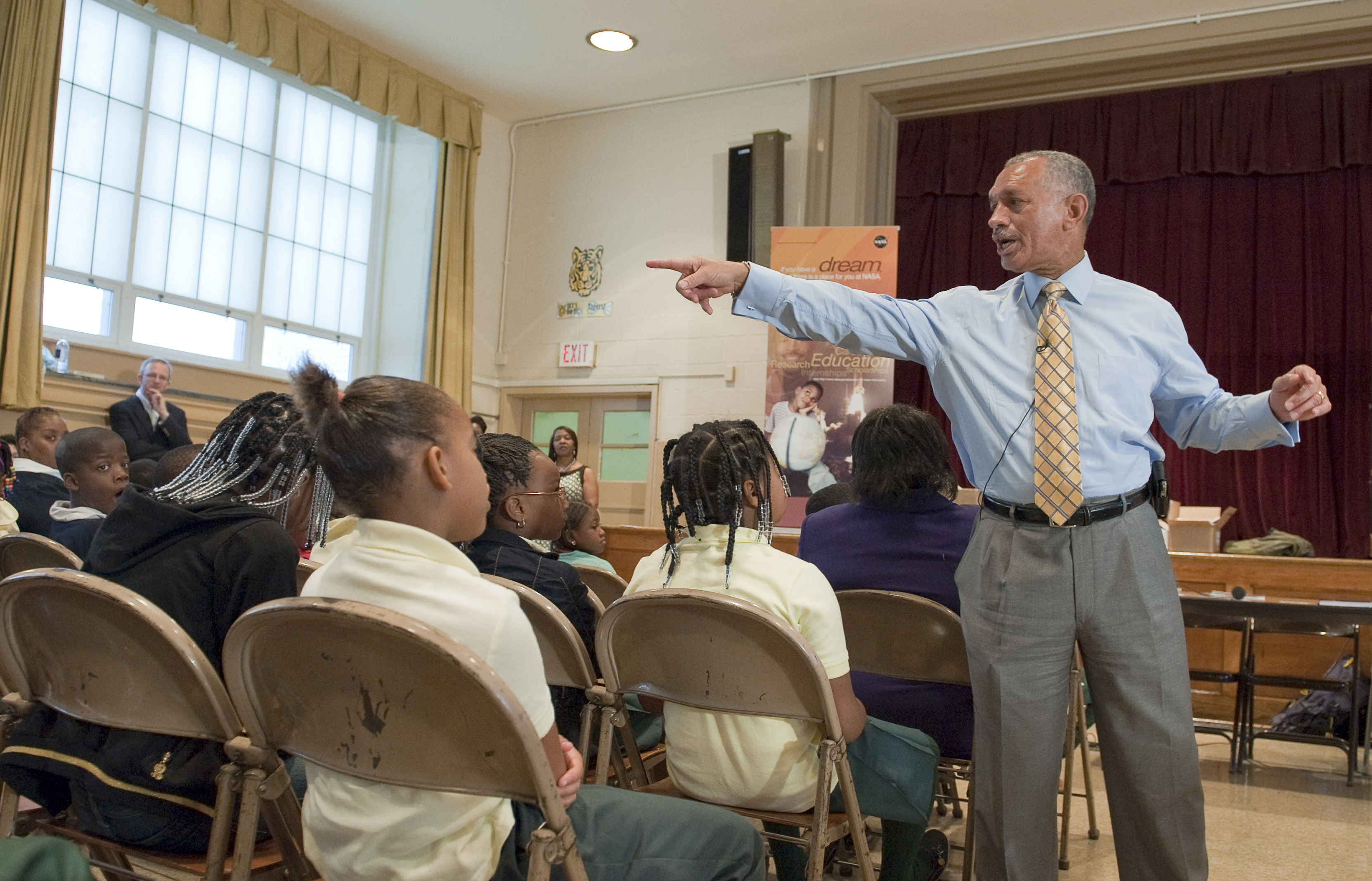 NASA Administrator Charles F. Bolden speaks to students during a visit to Davis Elementary School, Friday, Sept. 11, 2009, in Washington