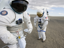 Astronauts Prepare for Simulations
