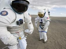Astronauts Prepare for Simulations
