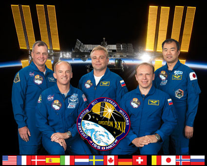 ISS022-S-002A: Expedition 22 crew