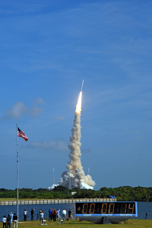 Raketin laukaisu avaruuteen