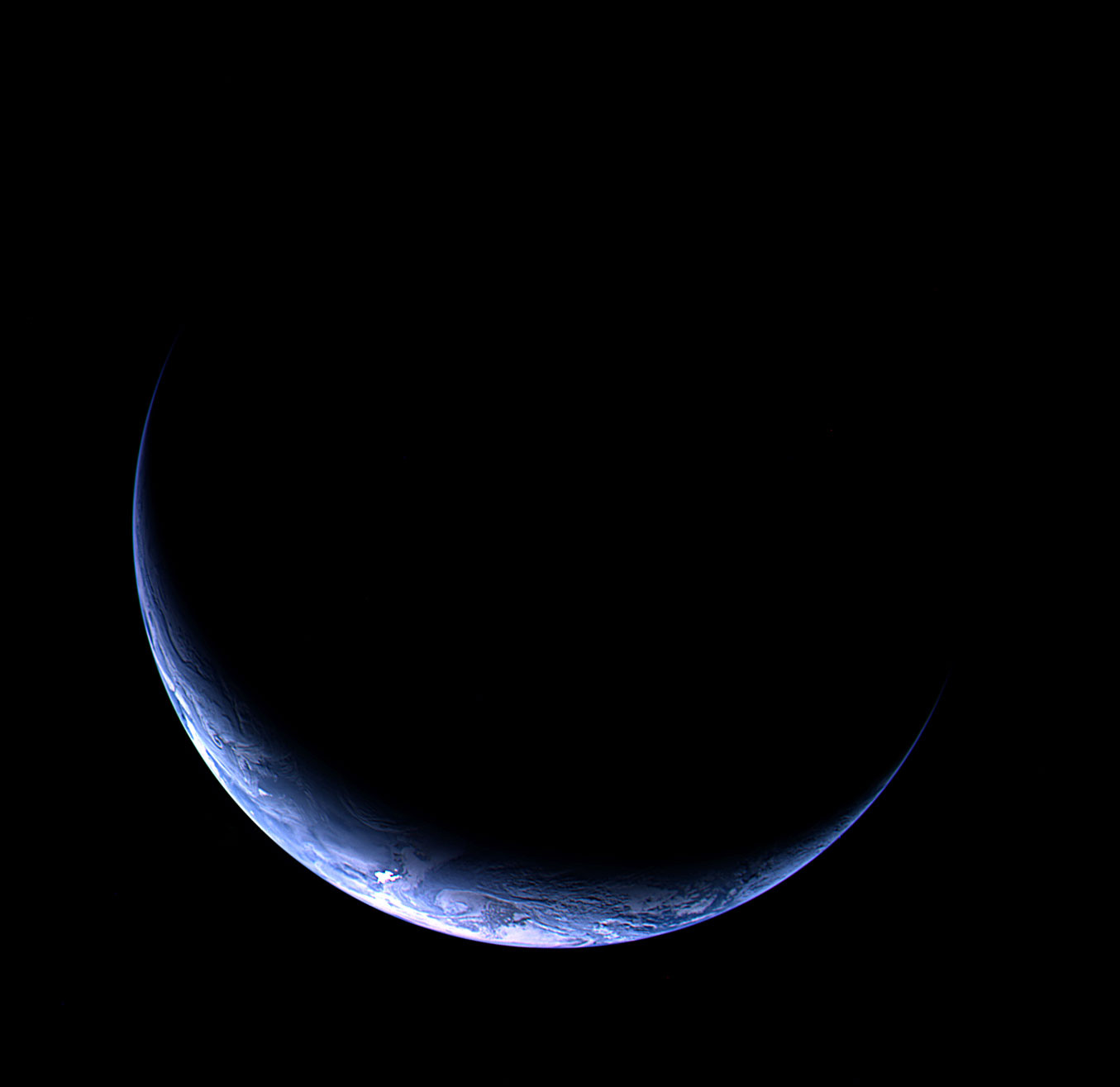 Image of Earth acquired with Rosetta's narrow-angle camera from a distance of 633 000 kilometers (393,300 miles) on Nov. 12