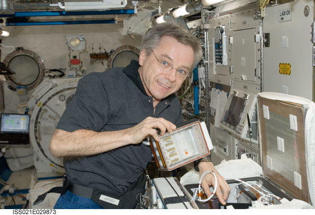 ISS021-E-029873 -- Expedition 21 Flight Engineer Robert Thirsk