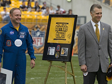 Astronaut Mike Fincke and Pittsburgh Steelers President Art Rooney II