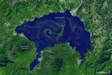 map of algae swirls in lake lagodeatitlan