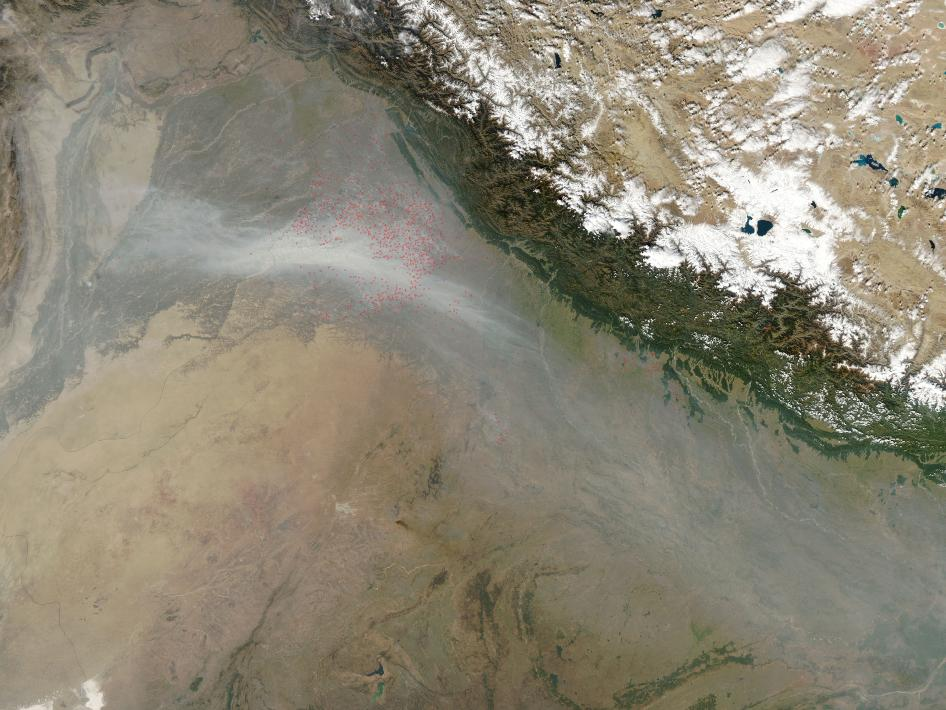 Agricultural fires burned in northwestern India in late October 2009.