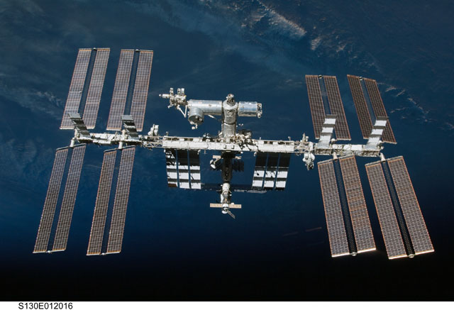 S130-E-012016 -- International Space Station