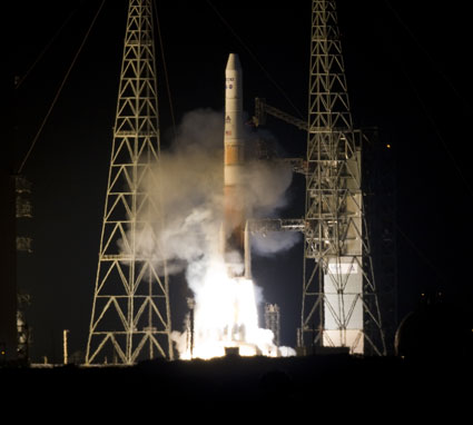 GOES-P launches aboard a Delta IV rocket