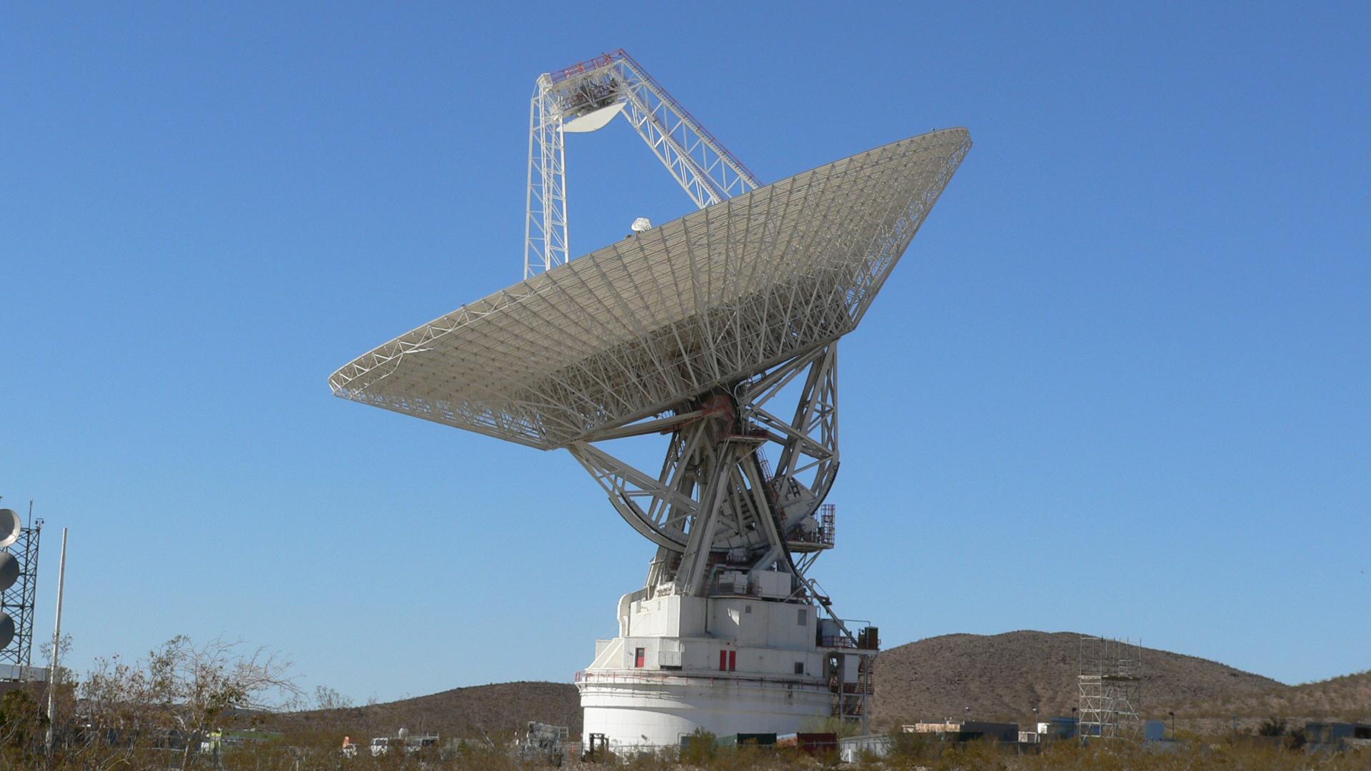 Nasa Deep Space Network Antenna Starts Major Surgery
