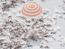 201003180001hq -- Soyuz TMA-16 spacecraft