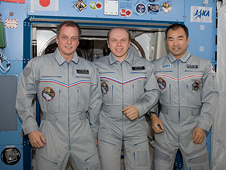ISS022-E-091552 -- Expedition 22/23 crew members
