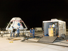 JSC2009-E-219005 -- Functional tests of the crew module