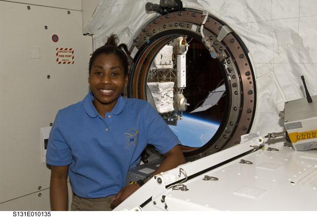 MS Wilson in the Kibo laboratory