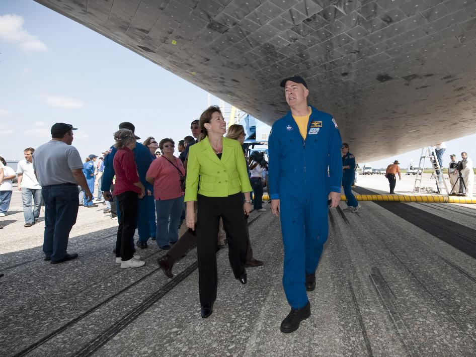 NASA Deputy Administrator Lori Garver and STS-131 Commander