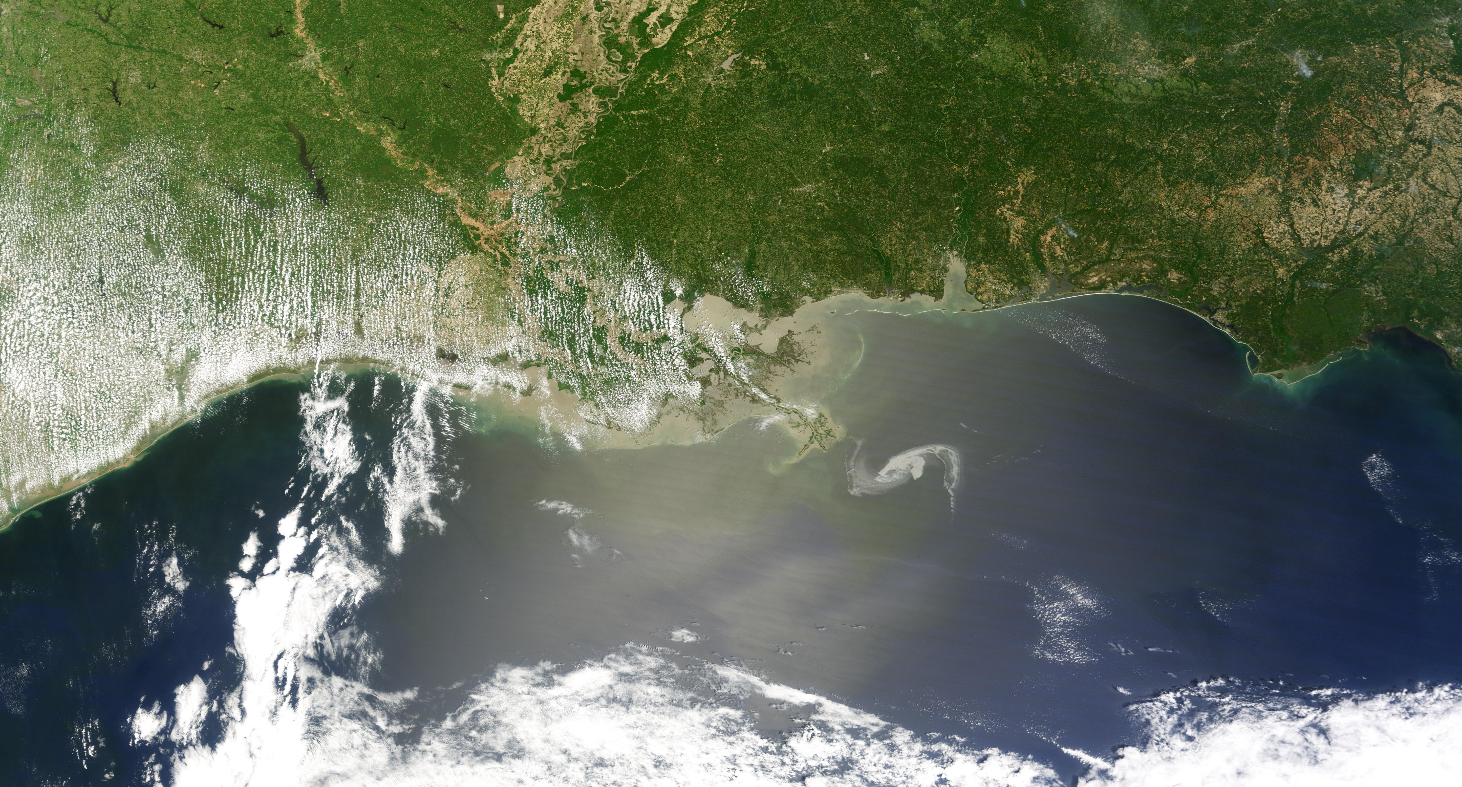 NASA - NASA Satellite Imagery Keeping Eye on the Gulf Oil ...