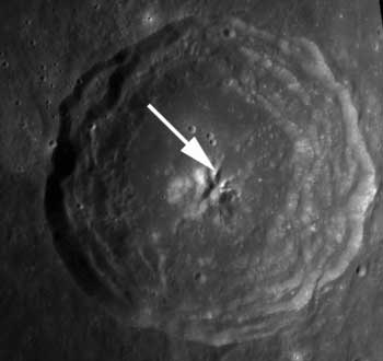 Bullialdus Crater