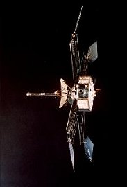 Artist's rendering of Mariner 4 in space
