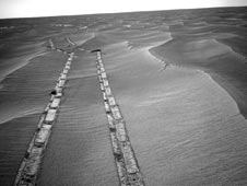 Opportunity's northward view of tracks