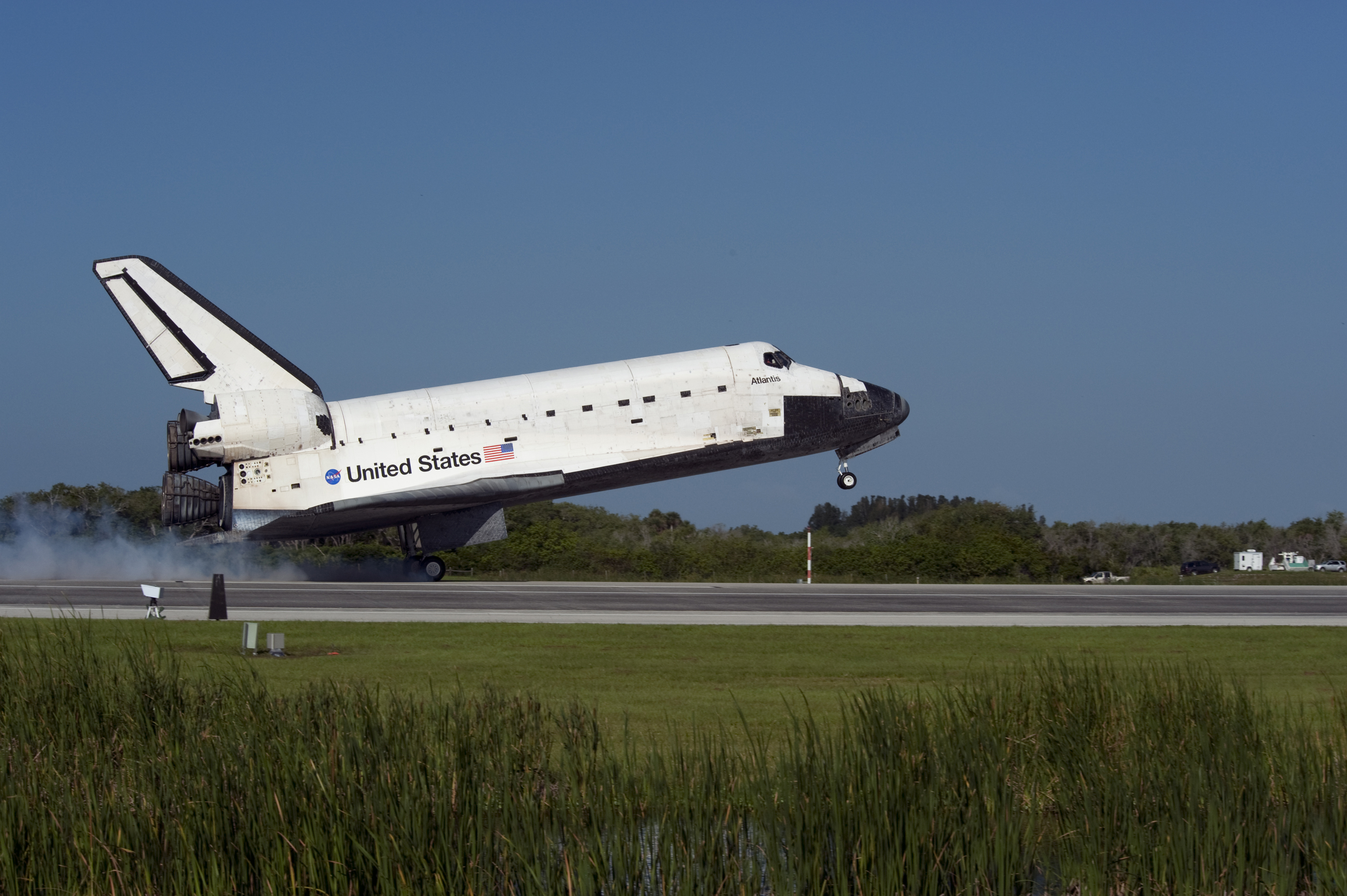 space shuttle landing length - photo #4