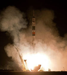 201006160001hq: Soyuz TMA-19 launch