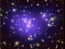 Hubble Maps Dark Matter in Galaxy Cluster