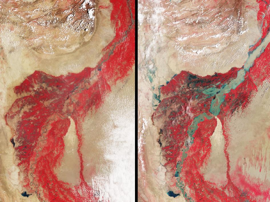 Image pair showing affect of Pakistan flood