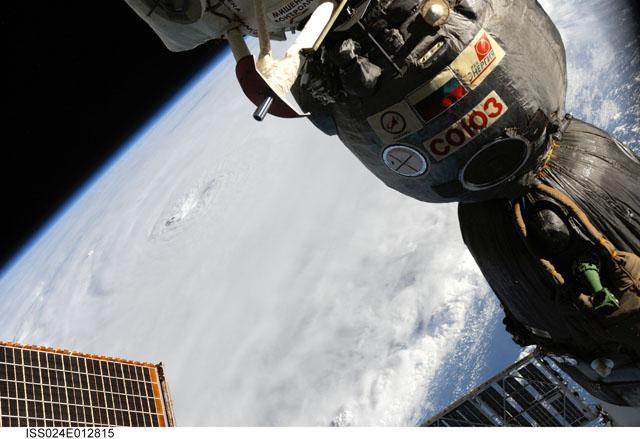 ISS024-E-012815 -- Hurricane Earl