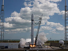 Falcon 9's engines are test-fired