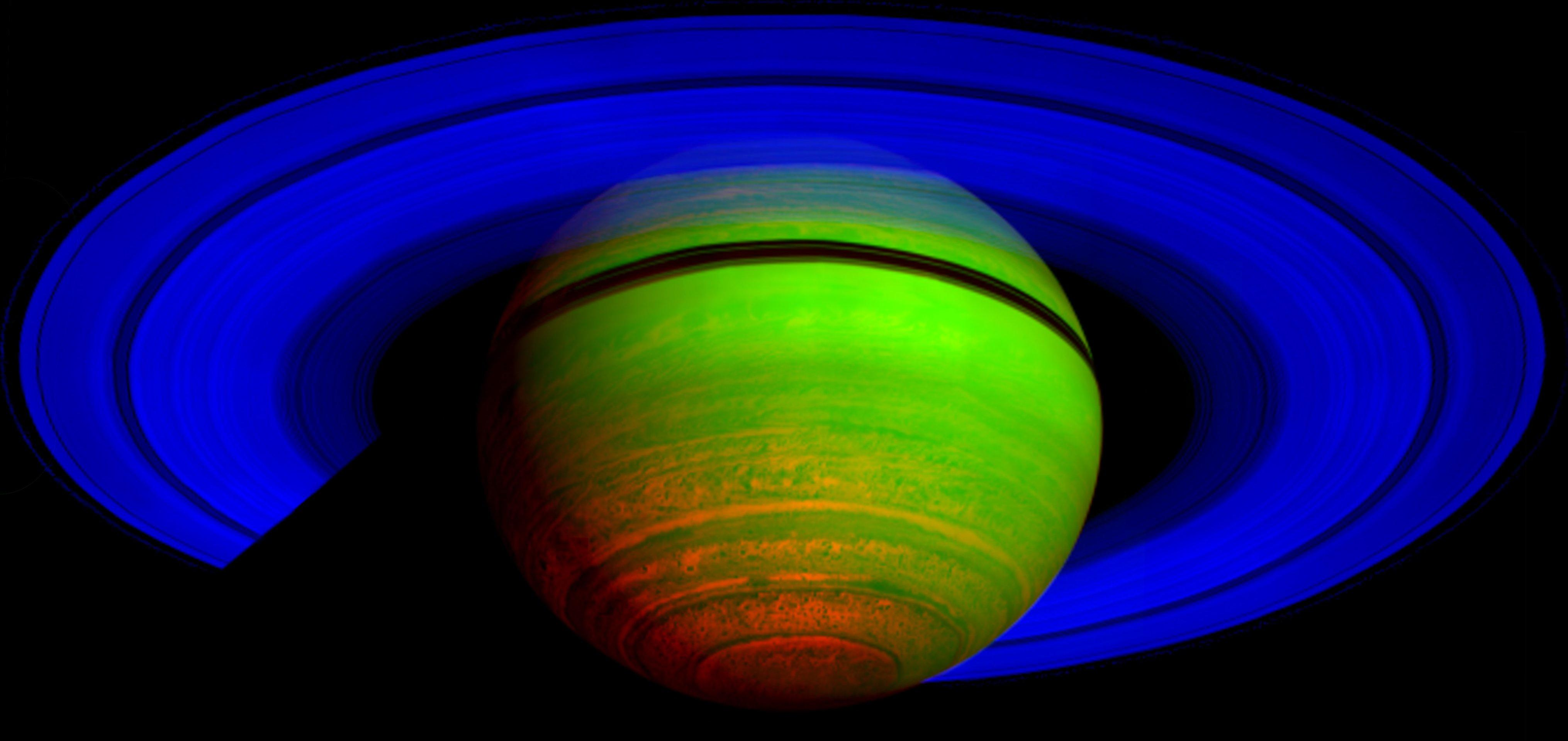 NASA - Majestic Saturn, in the Infrared