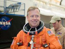 036327ce1 NASA - Preflight Interview  Steve Lindsey